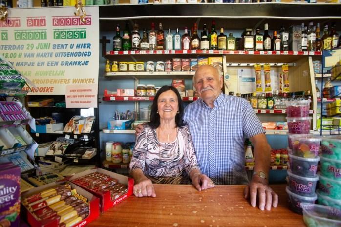 Rooske (80) al zestig jaar achter toonbank van haar buurtwinkel