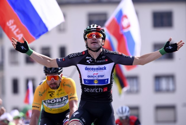 Elia Viviani is voor de tweede dag op rij de snelste in Ronde van Zwitserland: Italiaanse kampioen klopt Peter Sagan