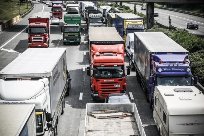 Verschillende ongevallen zorgen voor verkeershinder op E314