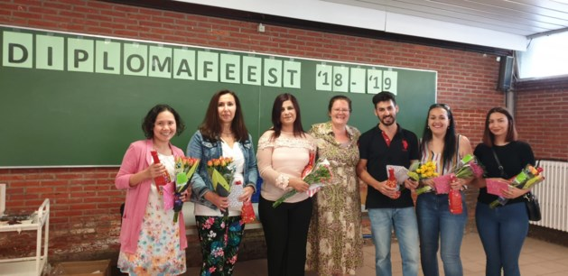 Zeven cursisten NT2 studeren af in Qrios Campus Wico Pelt