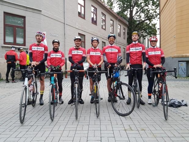 Hasselts clubje fietst in 24 uur tijd 540 kilometer dwars door Noorwegen