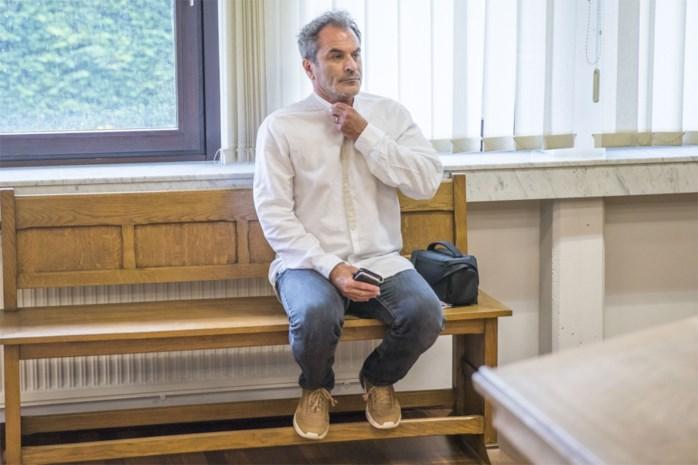 Vier jaar effectieve celstraf geëist tegen acteur Guy Van Sande in kinderpornozaak