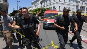 Zelfmoordterrorist blaast zich op voor politieauto in Tunesische hoofdstad