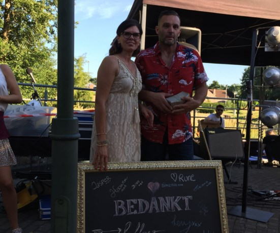 Wendy en Johan van Den Dijk nemen afscheid met muziekterras
