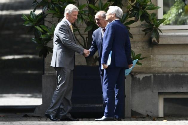 Koning verlengt opdracht van informateurs Vande Lanotte en Reynders toch opnieuw