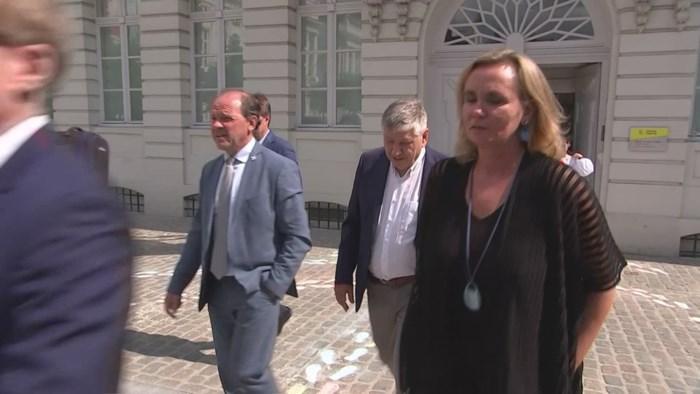 "Kersvers Vlaams minister-president  Homans noemt Belgische vlag ""vod"""