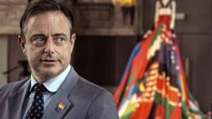 Dumpingsangst bij N-VA: daarom duwt informateur De Wever op de pauzeknop