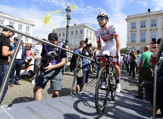 """Tourdebutant Jasper Philipsen: """"Onvoorzichtige toeschouwer verknalt mijn sprint"""""""