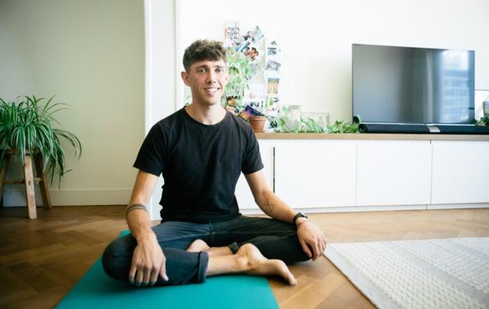 Primark-topman gooit leven om en wordt yoga-instructeur in Antwerpen