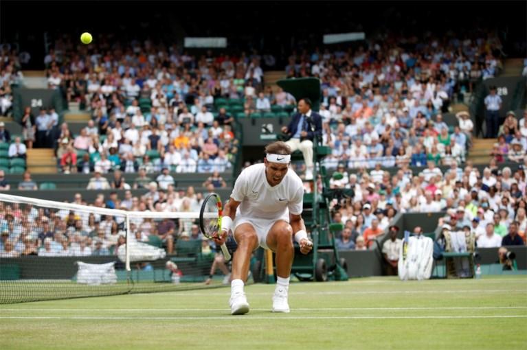 """WIMBLEDON. Ook Roger Federer (niet zonder moeite) naar halve finales waar Rafael Nadal wacht, gemengd dubbel van """"MurRena"""" is voorbij"""