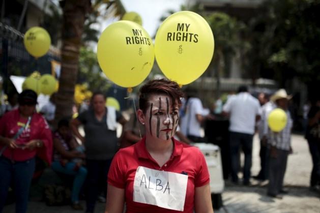 Evelyn kreeg 30 jaar cel voor miskraam na verkrachting, maar nu keert het tij mogelijk