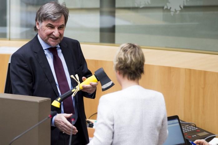 Wilfried Vandaele, de Peumans-kloon die met een bijl naar het parlement kwam