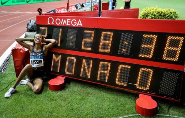 Nederlandse Sifan Hassan loopt wereldrecord op Engelse mijl tijdens Diamond League in Monaco