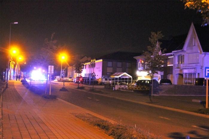 Vier schoten gelost in richting van café Bloemenlaan in Maasmechelen