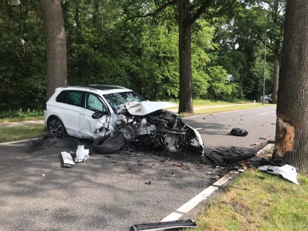 Vier gewonden bij zware klap op Kempenseweg