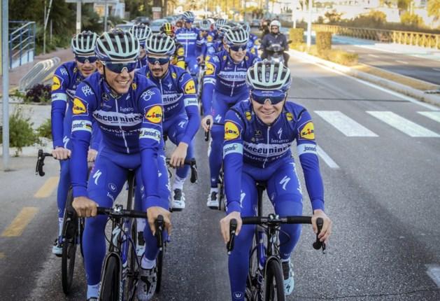 Philippe Gilbert en Remco Evenepoel vieren nog tijdens de Tour terugkeer in competitie in Italiaanse rittenkoers