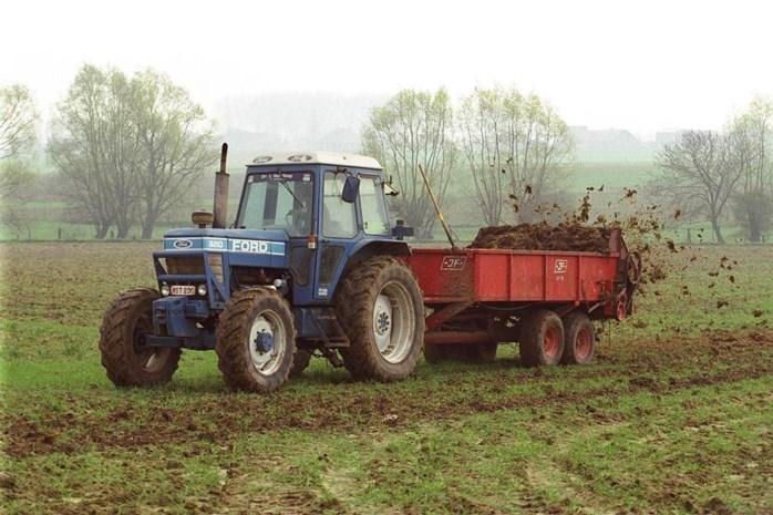 18-jarige steelt tractor na braspartij met drugs en alcohol