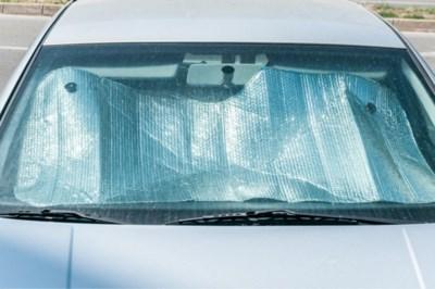 """Touring waarschuwt voor hittegolf: """"Na een half uur al tot 46 graden in de auto"""""""