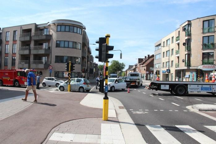 Twee lichtgewonden bij ongeval in Smeermaas