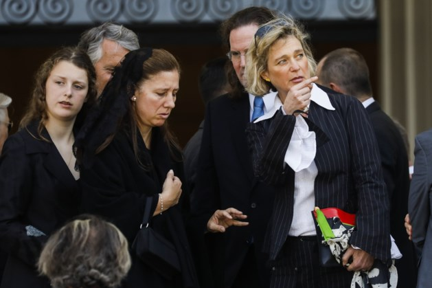 Koningspaar niet aanwezig op begrafenis prinses, Delphine Boël wél