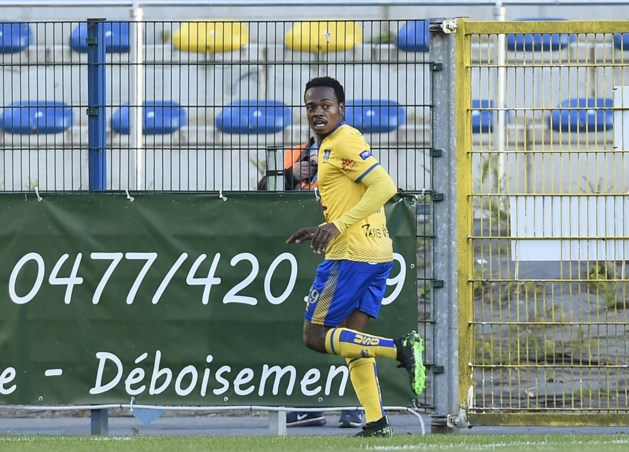 Club Brugge grijpt buitenkans en haalt aanvaller Percy Tau
