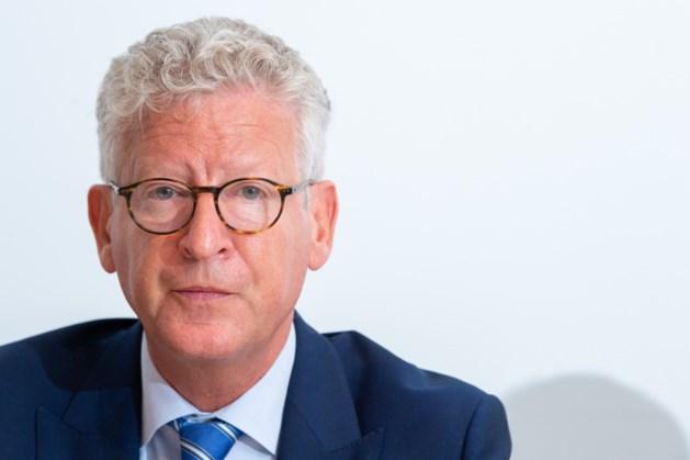 Minister De Crem laat blauwe polo's van Limburgs politie-uniform onderzoeken