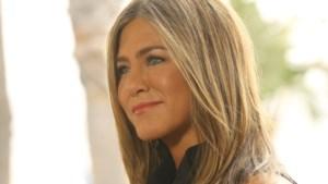 """Nieuw boek over Jennifer Aniston onthult: """"Nu is ze gelukkig, maar dat kost haar 225.000 euro per jaar"""""""