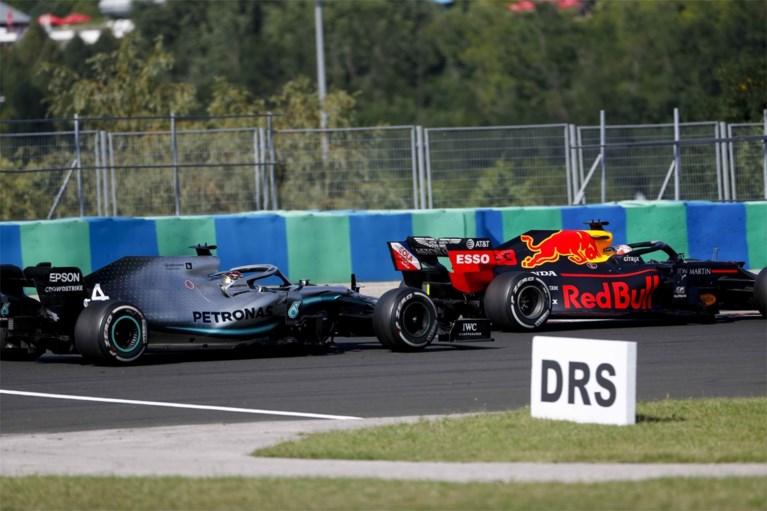Lewis Hamilton wint Grote Prijs van Hongarije na titanenstrijd met Max Verstappen