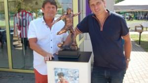 Standbeeld Luc Nilis onthuld aan sportterreinen Halveweg in Zonhoven
