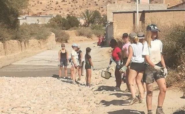 """Marokko pakt leerkracht op die Vlaamse tieners bedreigt wegens 'te westerse' kledij: """"Hoofden afhakken"""""""