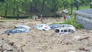"""OPROEP. Ene storm na andere teistert Noord-Italië: """"Parasols knakken als lucifers"""""""