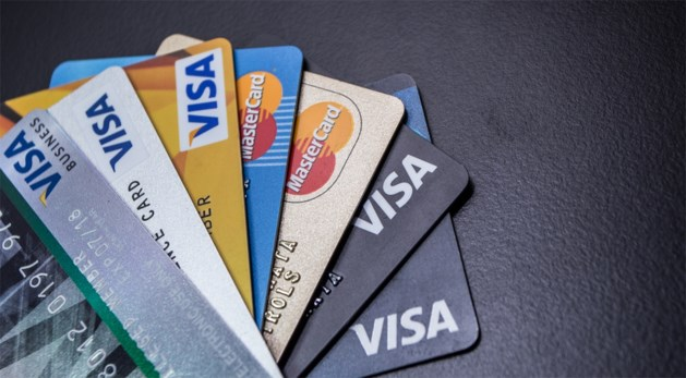 Canadese bank scheldt alle kredietkaartschulden van klanten kwijt