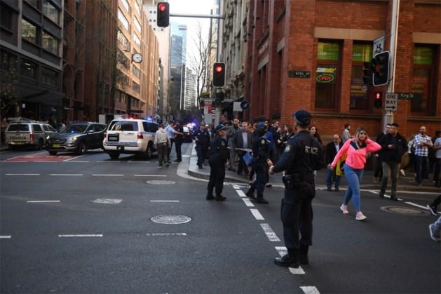 Steekpartij in centrum van Sydney: getuige filmt hoe dader overmeesterd wordt