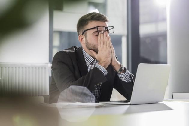 Een op de tien wordt digitaal gepest door collega