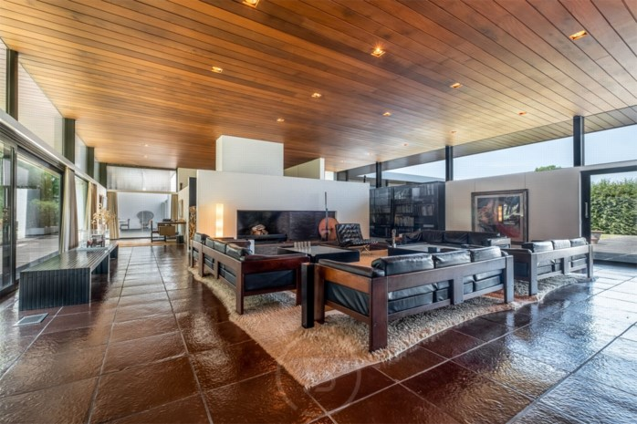 Vlaamse villa die lof oogstte in The New York Times opnieuw te koop (voor 1 miljoen minder)