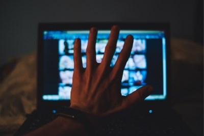 Europol op zoek naar pedofielen via objecten of plaatsen die te zien zijn op films of foto's met kinderporno