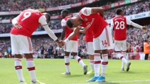 Pierre-Emerick Aubameyang is opnieuw de reddende engel van Arsenal: Gunners pakken zes op zes na lastige partij tegen Burnley