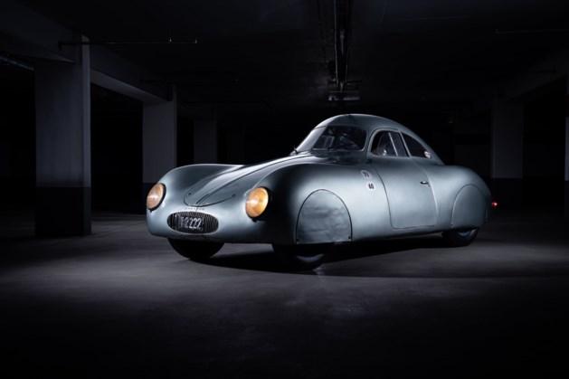"""Historische Porscheveiling loopt in de soep door enorme blunder van veilingmeester: """"Verstonden jullie 70 miljoen?"""""""