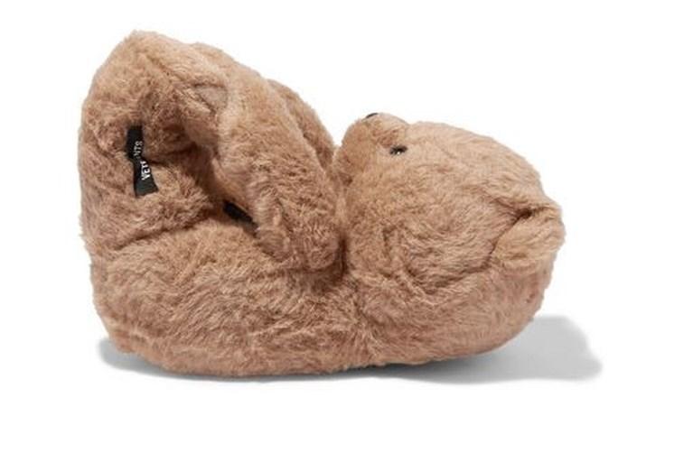 Terug van weggeweest: de teddybeersloffen maar er zit een flink prijskaartje aan vast