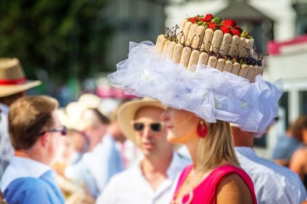 Willy Naessens tast diep in de buidel op Waregem Koerse: juweel van 10.000 euro voor mooiste hoed