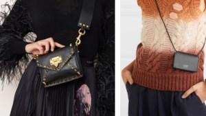 Ook in de herfst lopen we rond met piepkleine handtassen