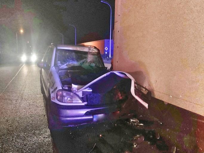 Steven 'Spillie' Spillebeen crasht onder invloed tegen vrachtwagen