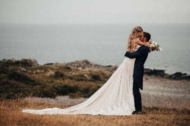 Louis Talpe deelt foto's van zijn sprookjeshuwelijk dat deze week plaatsvond