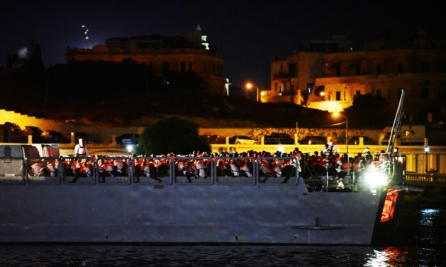 Schip met 356 migranten aangekomen in Malta