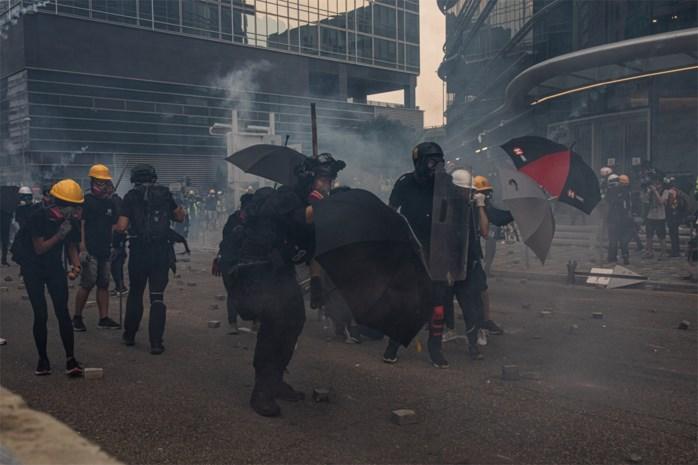 Opnieuw tientallen betogers opgepakt in Hongkong