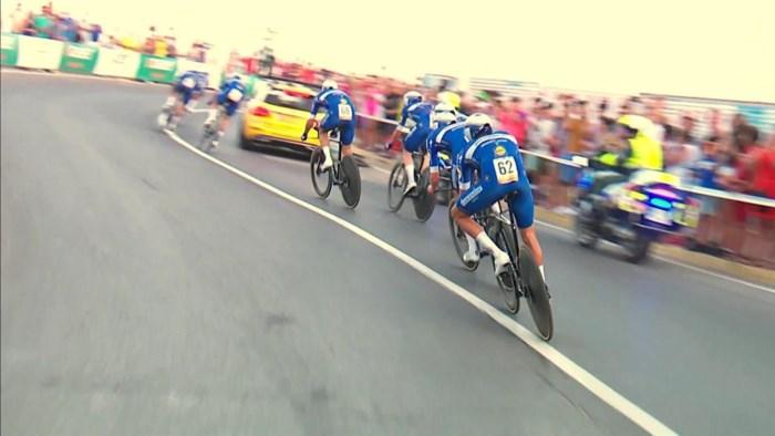 """Deceuninck-Quick Step verliest ploegentijdrit door stilstaande volgwagen: """"Jumbo-Visma heeft ons de overwinning afgepakt"""""""