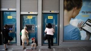 Grieken kunnen weer onbeperkt geld afhalen