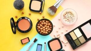 Helpt de hitte je make-up om zeep? Dit zijn de gevolgen voor je lippenstift, foundation en co