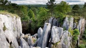 De canyons van Le Fondry des Chiens