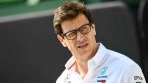 """Max Verstappen niet naar Mercedes: """"Het wordt Bottas of Ocon"""""""